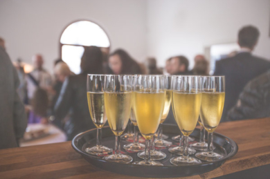 Corporate-Event-Tempoe-Entertainment-Champagne-Flutes