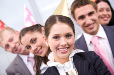 Corporate-Event-Tempoe-Entertainment-People-With-Party-Hats.