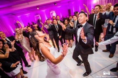 LED-Dance-Floor-Tempoe-Entertainment-Justine-Jason-Dance-Party