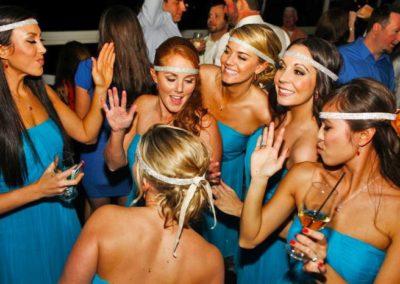 Tempoe-Entertainment-Bridesmaids-Celebrating